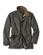 Barbour achieves a look of distinction in this lightweight version of the Ashby Jacket.