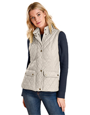 The flattering Otterburn Gilet by Barbour is the vest you will reach for season after season.