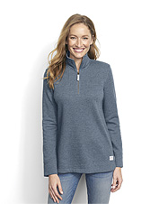 Stay ultra-comfortable on casual days in our soft Signature Fleece Quarter-Zip Sweatshirt.