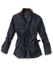 Assuage your explorer inclinations with this comfortable jacket made to handle the road ahead.