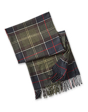 Draped or knotted, the Hailes Tartan Wrap by Barbour is a smart accessory in cooler weather.