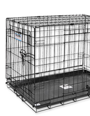 Provide a safe space for growing puppies and adult dogs with this sturdy Basic Wire Crate.