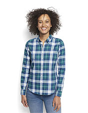Anytime plaid and easy-wearing cotton twill give this seasons-spanning shirt bountiful appeal.
