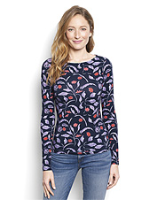 Our exquisitely soft Printed Boatneck Perfect Tee offers refined comfort for any destination.