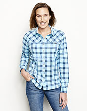 Our Women's PRO Stretch fishing shirt offers unbeatable sun protection and freedom of movement.