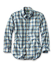Fickle forecasts call for the just-right brushed twill in our Lightweight Flannel Shirt.
