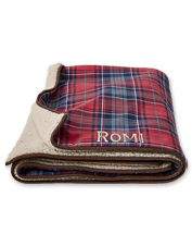 Your dog will love the comfort and warmth offered by this Microsuede FleeceLock Throw blanket.