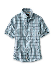 Exploded plaid and comfortable tech fabric bring our camp shirt to the front of your wardrobe.