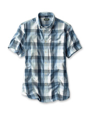Our Blue River Colorblock Shirt presents a polished appearance, with weekend getaway comfort.