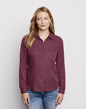 Our causal Soft Dobby Shirt shows off classic styling and an intricate stripe weave pattern.