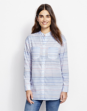 A band collar and stripes conspire to create a laid-back Big Shirt style that wears anywhere.