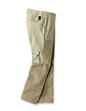 Outfit your next hot-weather hunt with these lightweight and breathable PRO LT Hunting Pants.