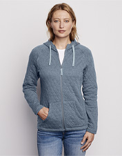 Layer on some extra warmth for all your outdoor adventures with this cozy quilted hoodie.