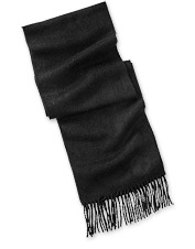 Wrap this luxuriously soft Scottish Cashmere Scarf around your neck for any chilly outing.