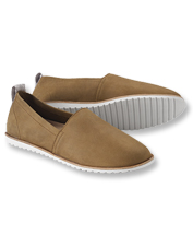 These Ella Slip-On Shoes by Sorel offer waterproof comfort in an uncomplicated moc silhouette.