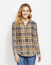 Casual comfort and versatile styling make our washed plaid popover tunic an easy favorite.