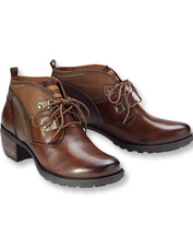 Spend each day exploring in these supremely comfortable leather Le Mans Booties by Pikolinos.