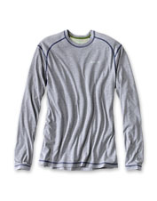 We've amped up the long-sleeved crewneck T-shirt with quick-dry drirelease fabric for comfort.