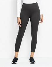 Look good and feel great on your next adventure in these Sport Ponte Crop Leggings.