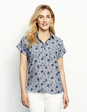Our Easy Printed Camp Shirt is a casual wardrobe go-getter that pairs with everything.