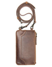 For 3-in-1 versatility, reach for this thoughtfully designed Melissa Crossbody Bag from Frye.