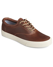 These Plushwave CVOs are crafted in durable leather for that classic Sperry look and quality.