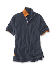 International flair makes our men's pique cotton polo shirt a great choice for travel.