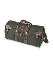 A customer favorite for years, the Battenkill Classic Duffle is an impressive travel bag.