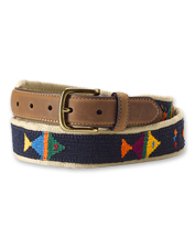 Our Pescador Belt showcases a woven fish motif in vibrant, eye-catching colors.