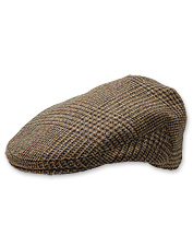 Classic style and comfort define this men's tweed flat cap.