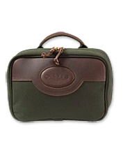Stay prepared and organized with our toiletry bag for travel.