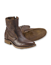 These men's leather boots are as comfortable as they are distinctive.
